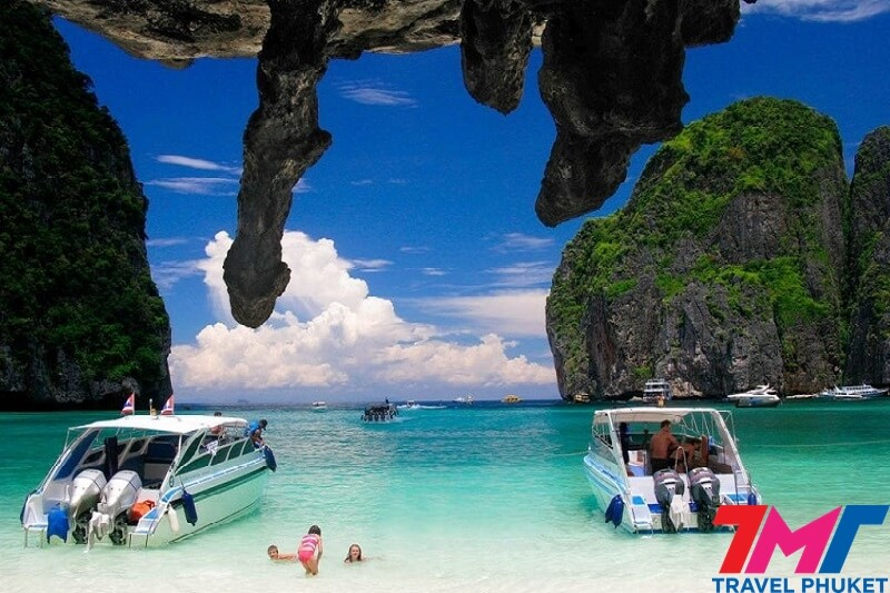 PHI PHI ISLAND - **MAYA BAY** & 3 KHAI ISLANDS BY SPEEDBOAT
